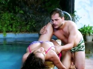 Bhabhi Ka Swiming Pull Romance II Hot Short Film