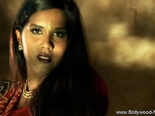 Bollywood Girl Is So Pretty Nude While Dancing Naked