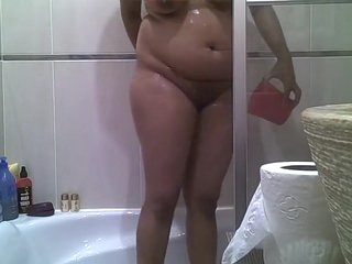 3 srilankan tamil indian schoolgirl taking her shower