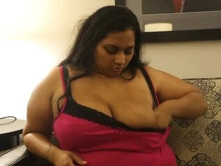 Indian BBW Plays with tits