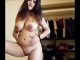 Indian sexy girl shows her beautiful tits And pussy in cam