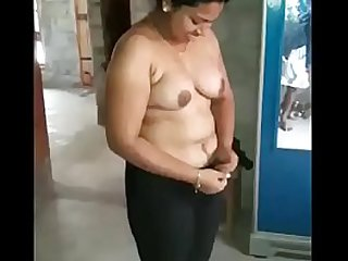 Desi Aunts Getting Nude in boy friend home. - Desi Indian Aunty Getting Nude