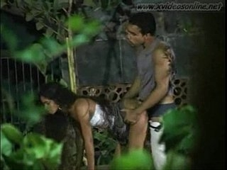 Amateur Indian Teen Outdoor Fuck - www.xvideosonline.net - XVIDEOS.COM