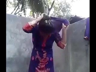 Desi girl posing nude for bf in bathroom