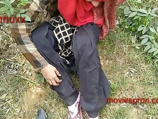Teen girlfriend outdoor fuck khat mi hord fucking Rani