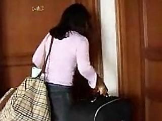 Indian girl fucked in hotel - HornySlutCams.com
