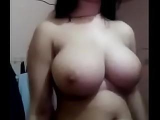 Desi Girl Showing her huge boobs