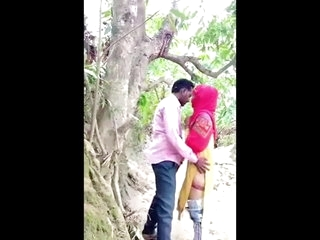 Hindu Lover Fucks His Muslim Friend in Jungle