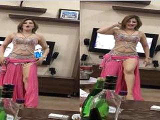 Super Hot Call Girl Dance